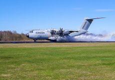 NLR tests Airbus on waterlogged runway at Twente airport